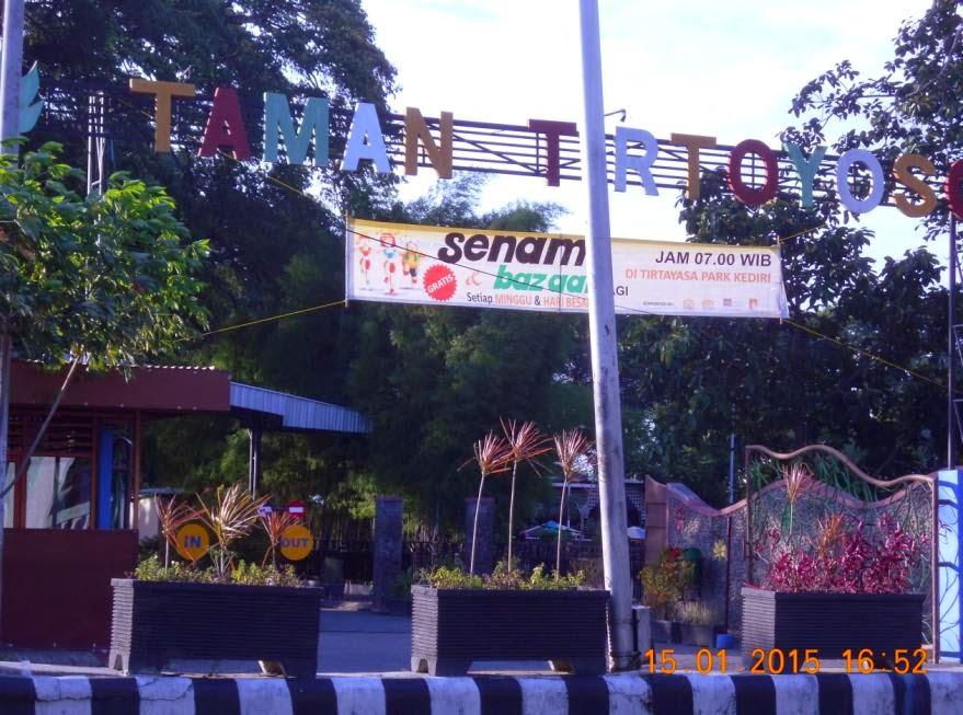 Berenang Taman Tirtoyoso Kediri Blog Berita Pariwisata Berbagi Informasi Tentang