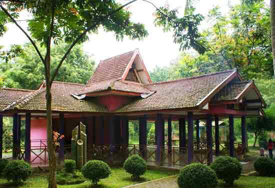 Paket Lengkap Taman Wisata Sumber Ubalan Kediri 1001wisata Ruang Pertemuan