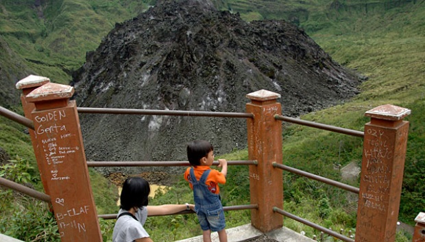 Ubalan Wisata Alam Beraroma Mistis Travel Tempo Gunung Kelud Kediri