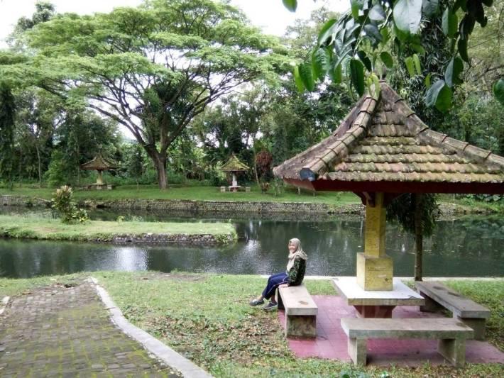 Wisata Alam Sumbar Ubalan Kediri Tiket Masuk Lokasi Surabaya Sumber