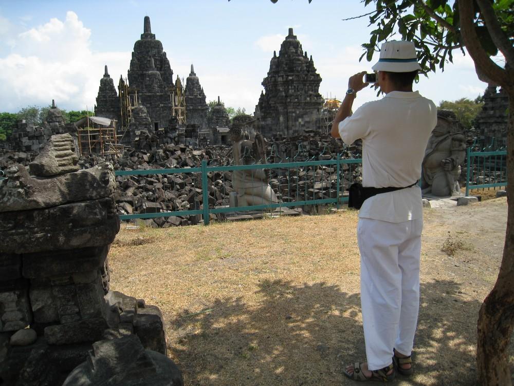 Sewu Temple Largest Buddhist Java Heritage Tour Candi Gana Kab