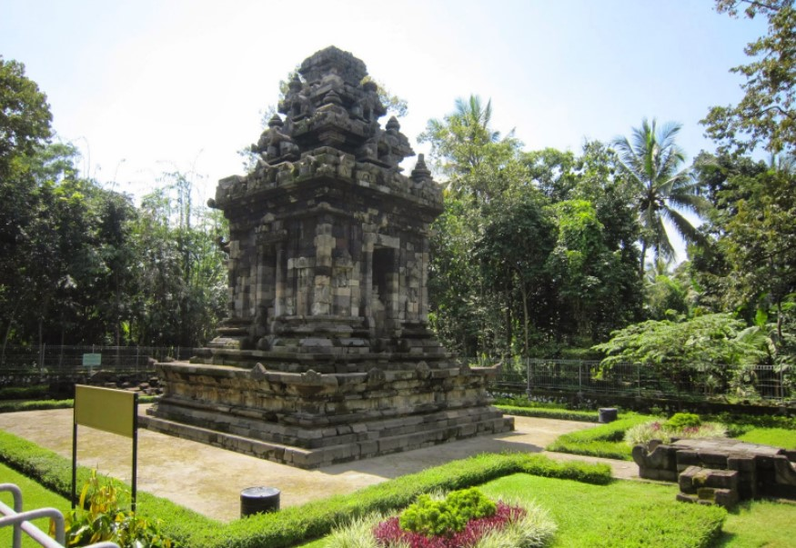 Tempat Wisata Klaten Wajib Kamu Jelajahi Fjj Candi Merak Lumbung