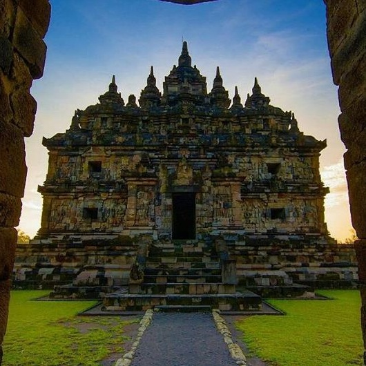 Browse Beauty Klaten Plaosan Temple Beautiful Candi Lor Admission Regency