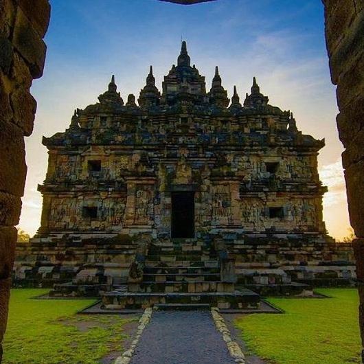 Browse Beauty Klaten Plaosan Temple Beautiful Candi Lor Admission Regency