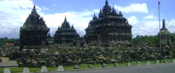 Candi Plaosan Desa Bugisan Kecamatan Prambanan Kabupaten Klaten Sojiwan Kab