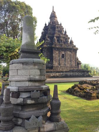 Candi Sojiwan Dibalik Stupa Foto Klaten Tripadvisor Kab