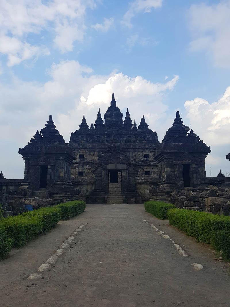 Lay Love Plaosan Temple Klaten Travel Junkie Candi Sojiwan Kab