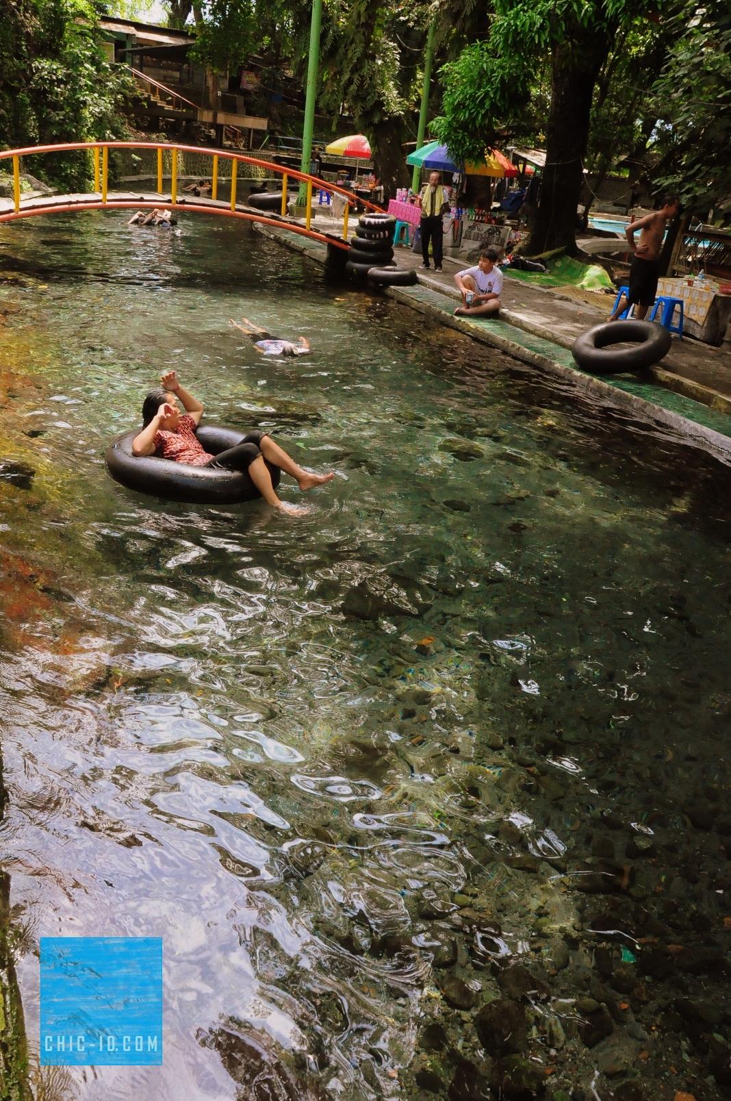 Dedi Obyek Wisata Mata Air Cokro Tulung Water Boom Umbul