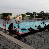 Pemandian Jolotundo Jatinom Pool Klaten Photo Fiscer 11 4 2013
