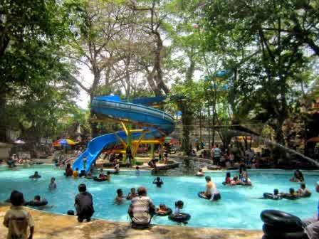 Trip Klaten Arts Indonesia Suasana Pemandian Cokro Tulung Umbul Jolotundo