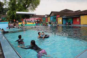 Wisata Klaten Umbul Susuhan Ponggok Talang River Ramai Pengunjung Jolotundo