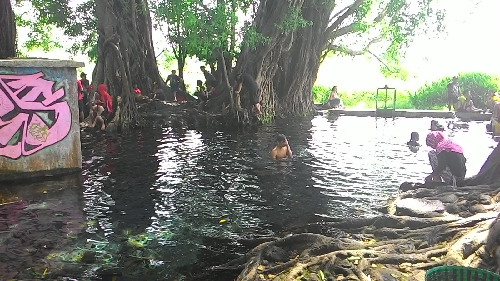 Maeshare Umbul Ponggok Cokro Manten Klaten Memang Lokasi Tersebut Berdekatan