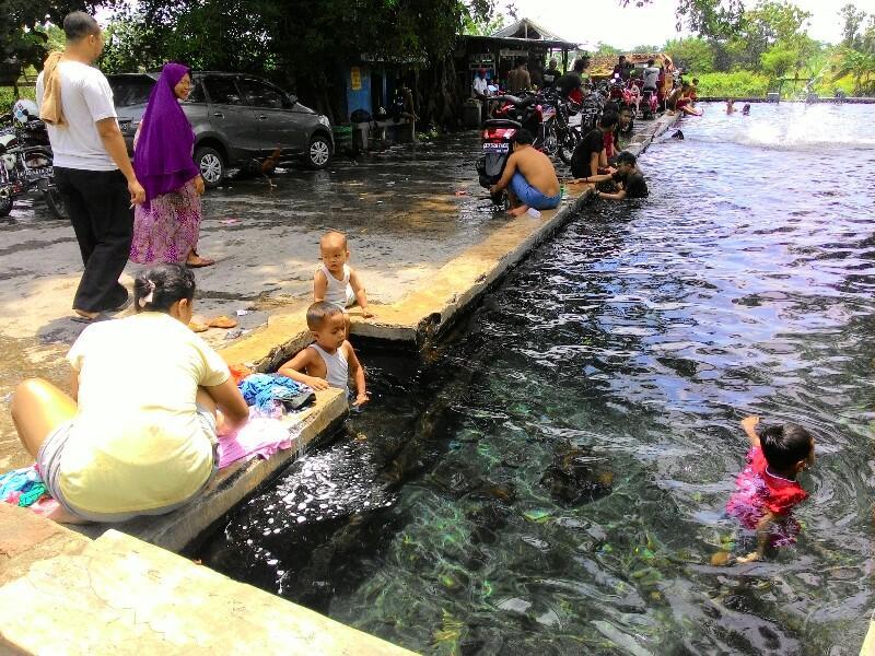 Awas Limbah Deterjen Pemandian Umbul Nilo Klaten Sportourism Kab