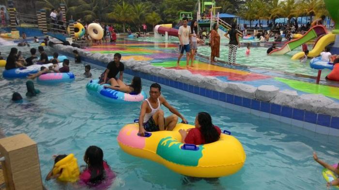 Hairos Water Park Perpaduan Wahana Modern Suasana Pedesaan Kupang Waterpark