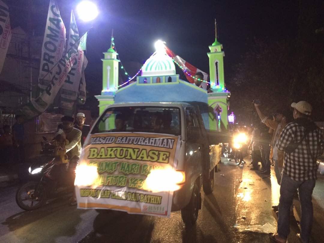 Ribuan Umat Muslim Kota Kupang Laksanakan Pawai Takbiran 1348 Masjid