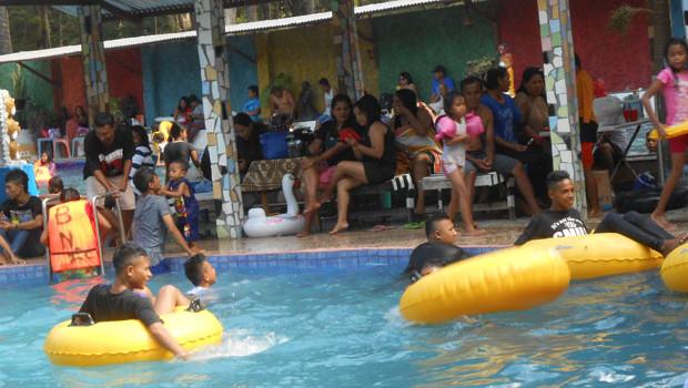 Isi Liburan Warga Kota Kupang Padati Tempat Rekreasi Ntt Pantai