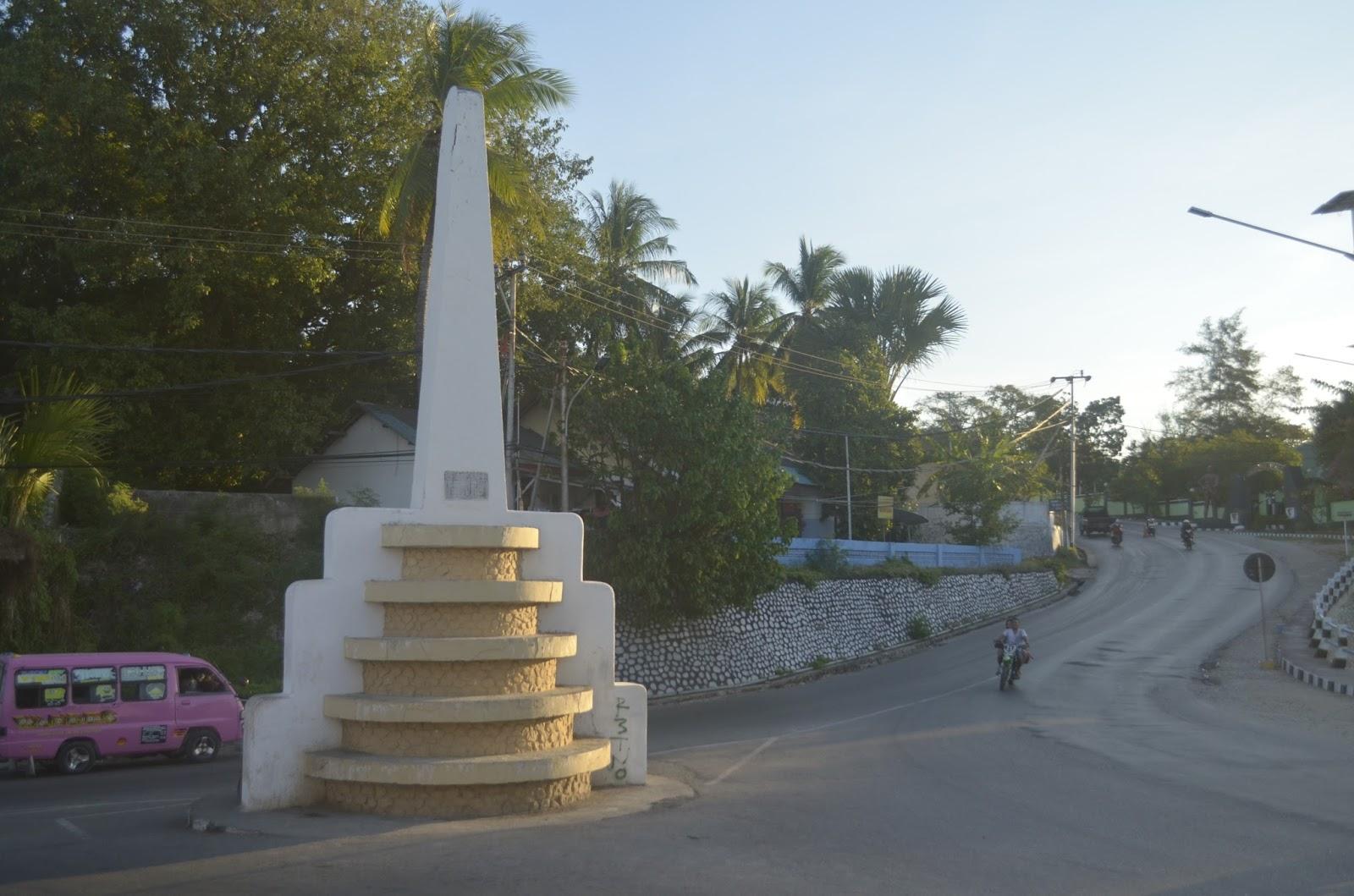 Arianto Ntt Tugu Freedom Kota Kupang Pantai Kelapa Tinggi Kab