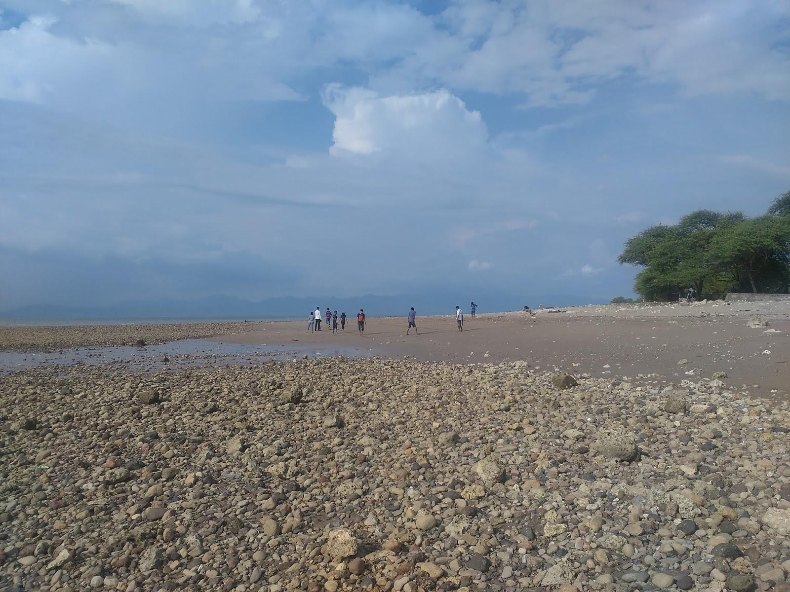 Pantai Manikin Lasiana Batu Nona Setiawan Mangando Kelapa Tinggi Kab