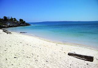 Wisata Ntt Kupang Tempat Selanjutnya Pantai Tablolong Lokasinya Berada Kecamatan