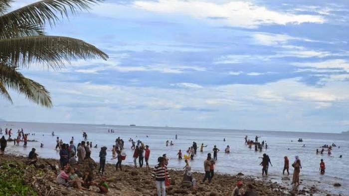 Wisata Pantai Ujung Kupang Sinjai Tempat Kelapa Tinggi Kab