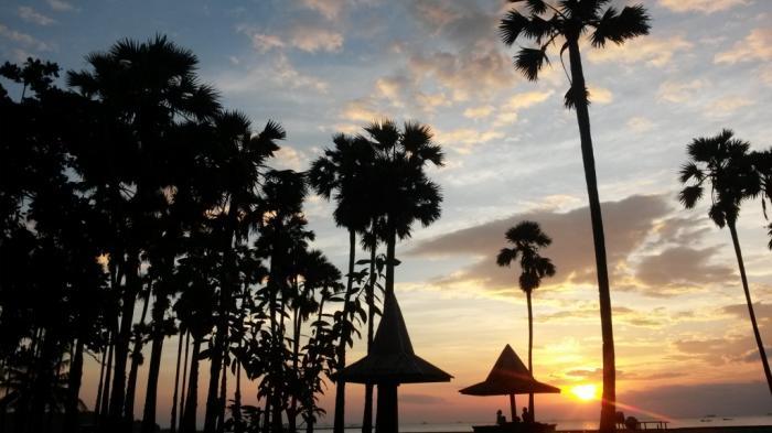 Pantai Romantis Kota Kupang Asyik Buat Nikmati Sunset Bersama Pacar