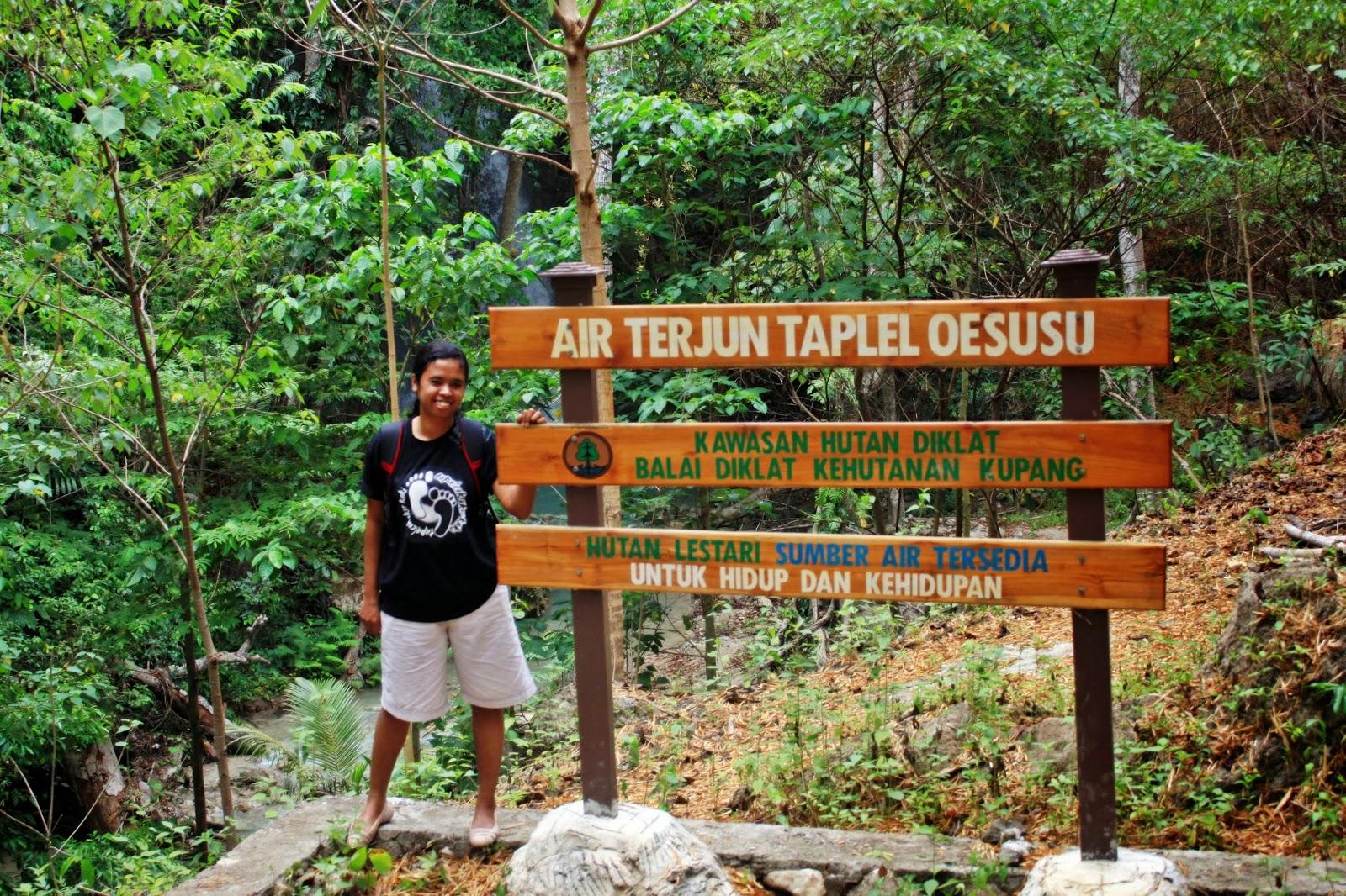 Inda Tapaleuk Air Terjun Taplel Oesusu Terletak Wilayah Camplong Kab