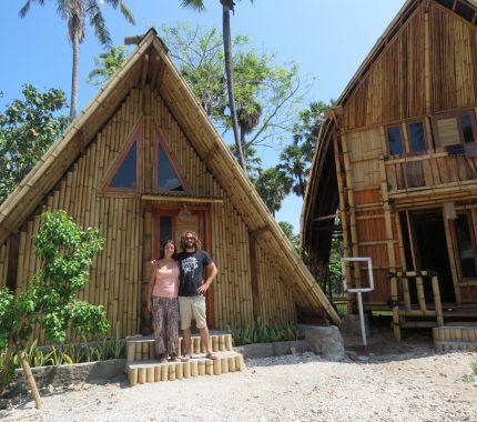 Ocd Beach Cafe Hostel Lasiana Loker Ntt Alamat Pantai Kota
