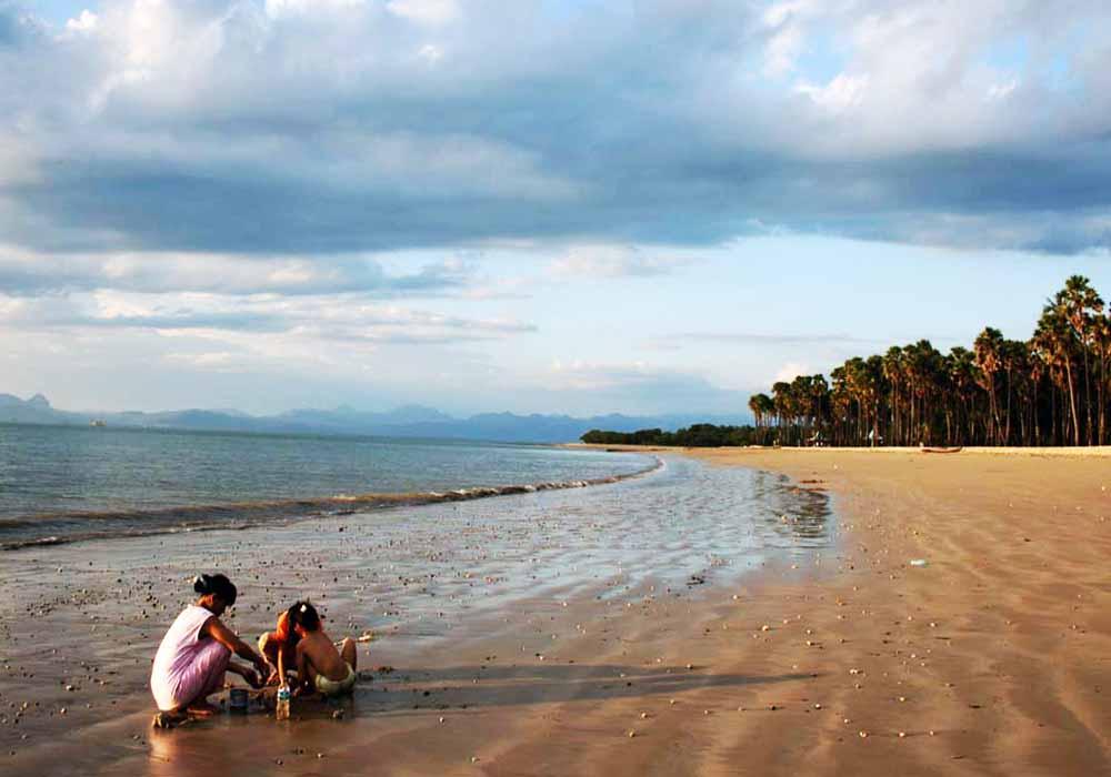Pantai Lasiana Indah Kupang Tempat Wisata Asyik Kab