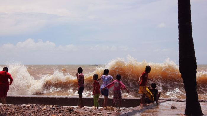 Wc Umum Pantai Lasiana Buruk Pos Kupang Kab
