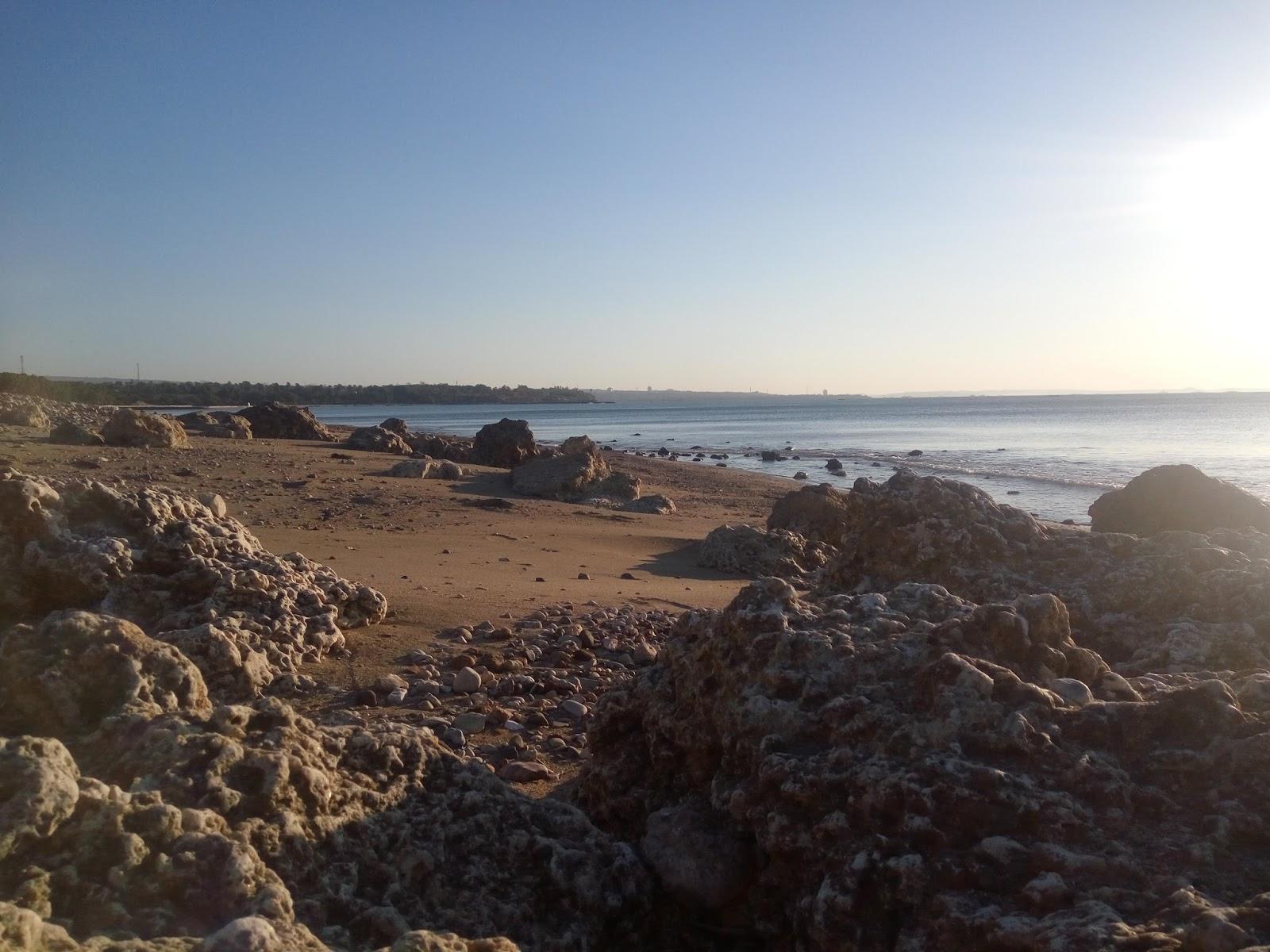 Menyepi Sejenak Pantai Manikin Kupang Ingatan Perjalanan Bentuk Tergolong Landai