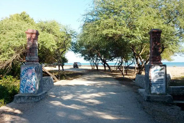 Pantai Manikin Kupang Ramai Dikunjugi Gallery Kab