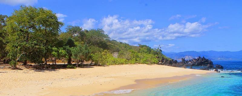 Wisata Bahari Kupang Sekitarnya Kota Pantai Manikin Kab