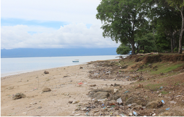 Cegah Abrasi Warga Minta Pemkot Buat Tanggul Pantai Nunsui Kab