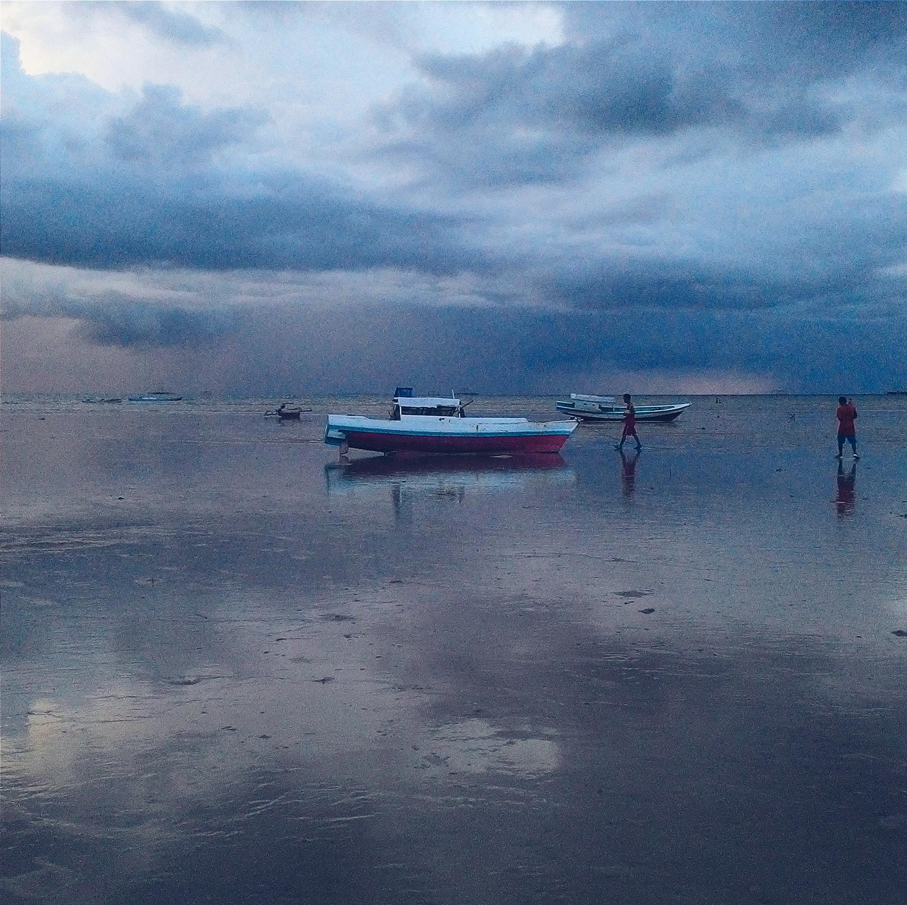 Dua Pantai Tetangga Duc Altum Pemandangan Ajaib Nunsui Ketika Surut