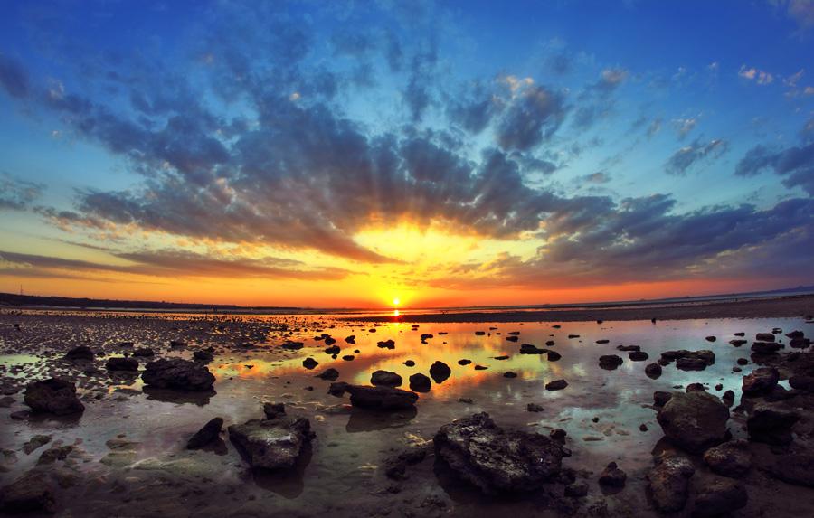 Indonesia Sungguh Indah Senja Hari Pantai Nunsui Batu Berserakan Sepanjang
