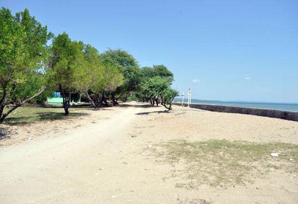 Pantai Manikin Kupang Ramai Dikunjugi Gallery Nunsui Kab