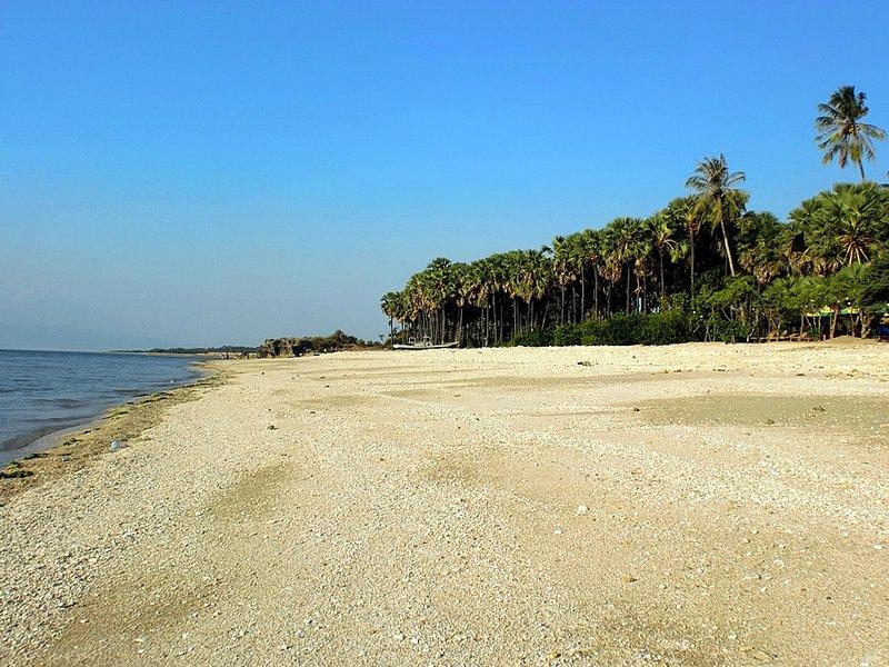 Pantai Nunsui Oesapa Photo Kab Kupang