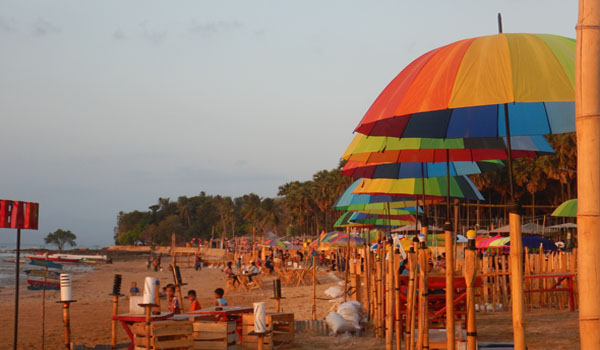 Sunset Romantis Pantai Oesapa Jpnn Harga Makanan Kafe Tersebut Cukup
