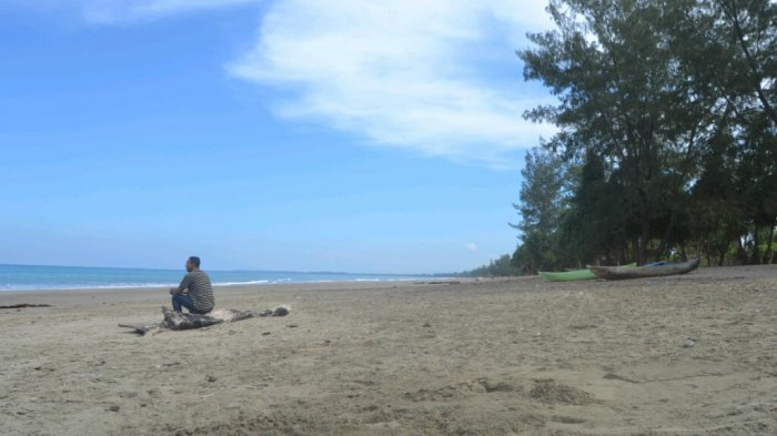 Guratan Lukisan Tuhan Pantai Loodik Malaka Ntt Pos Kupang Pasir