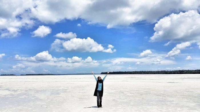 Melihat Pantai Pasir Putih Luas Ayo Tual Meti Kei Panjang