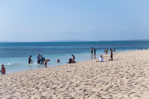 10 Pantai Cantik Nusa Tenggara Timur Membuatmu Tak Tablolong Kab