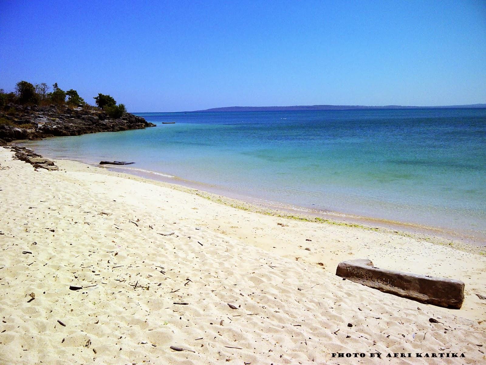 Tablolong Beach Objek Wisata Nusa Tenggara Timur Pantai Tempat Asyik