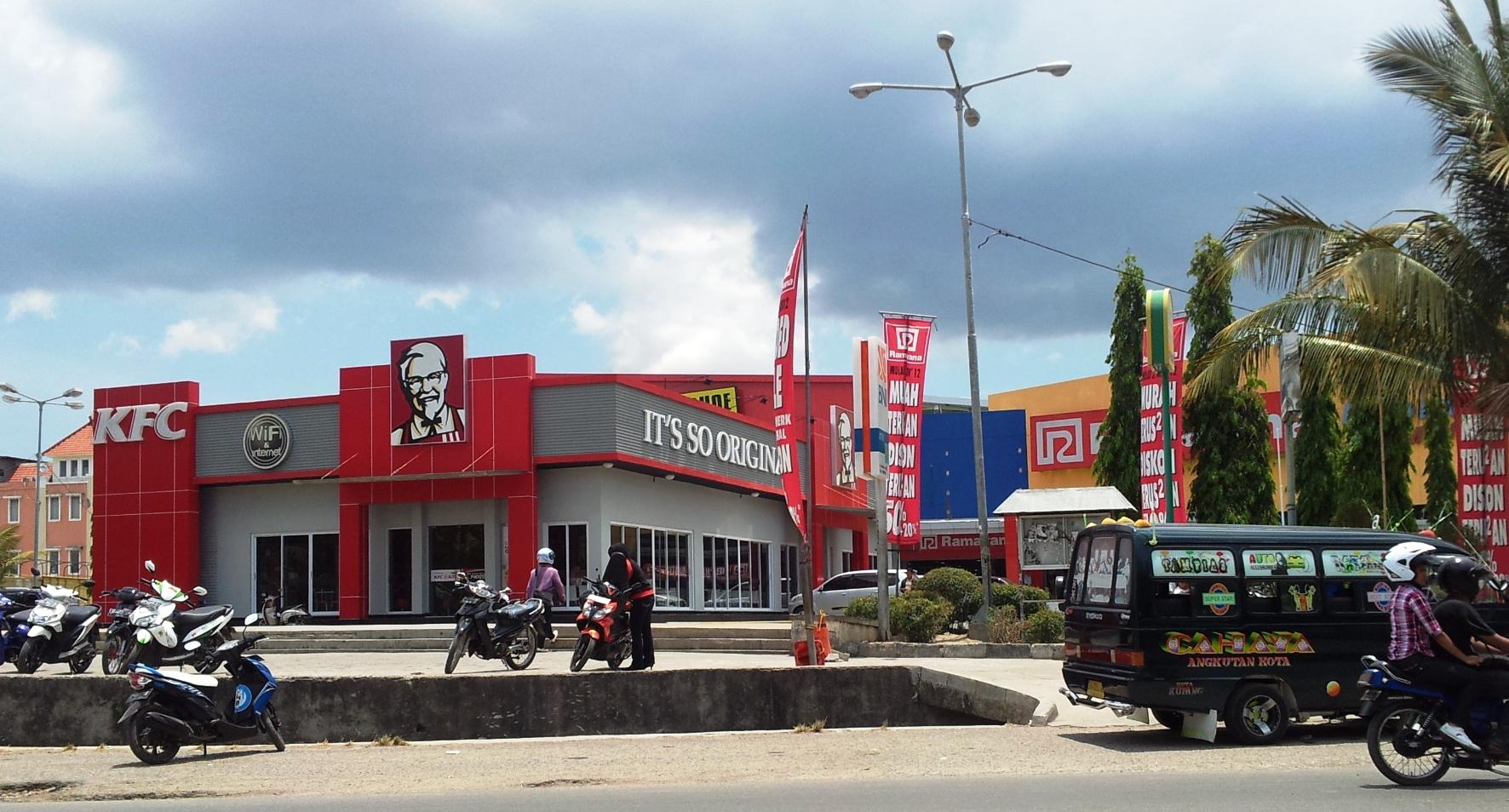 Adzaniah Page 3 Resto Fastfood Kfc Satu Satunya Kota Kupang