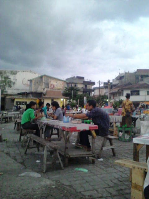 Adzaniah Page 3 Suasana Sore Pantai Tedis Kab Kupang