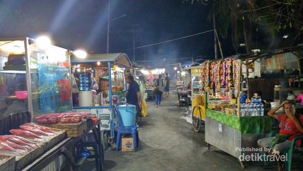 Aneka Kuliner Lezat Pasar Malam Kampung Solor Kupang Kab