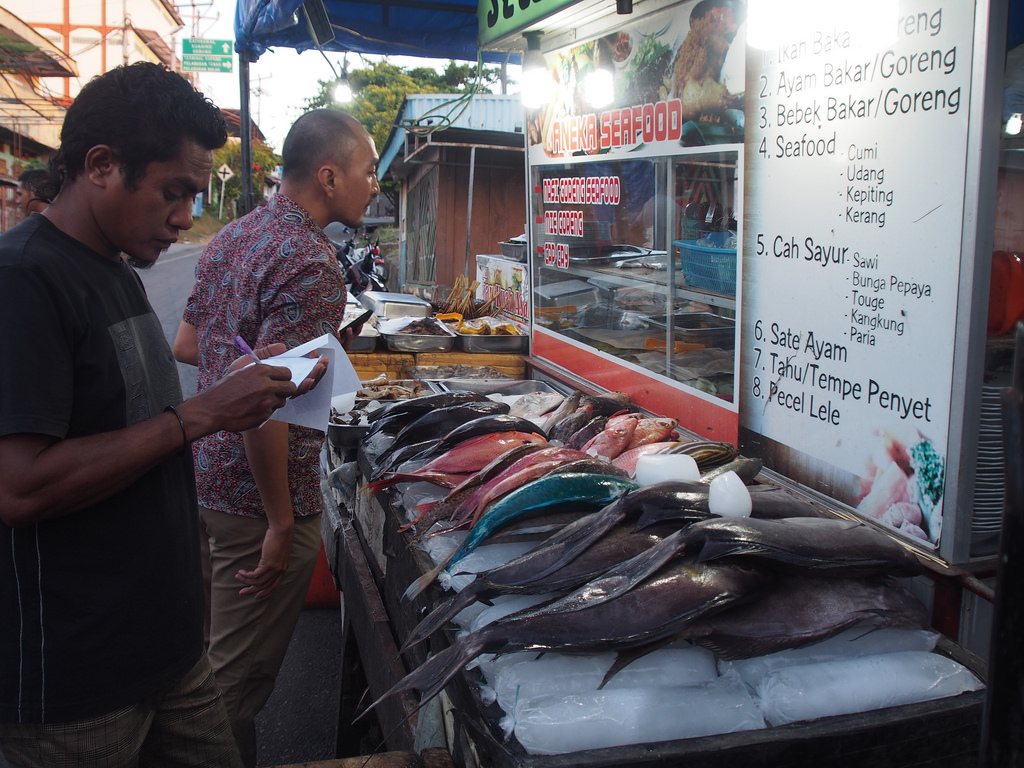 Didisadili Interesting Flickr Photos Picssr Warung Ikan Bakar Kampung Solor