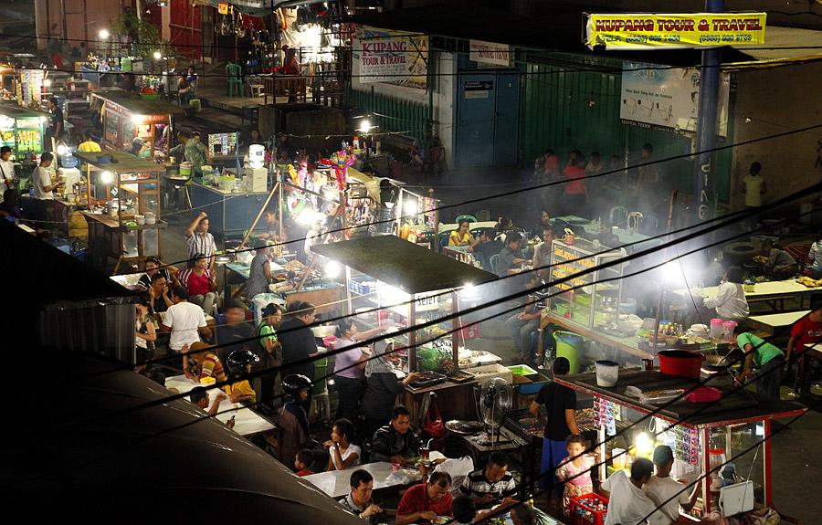 Indonesia Sungguh Indah Geliat Malam Kupang Suasana Pujasera Kampung Solor