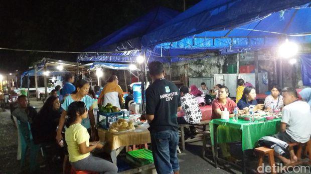 Mencicipi Kakatua Pasar Malam Kupang Kampung Solor Buka Sore Hingga