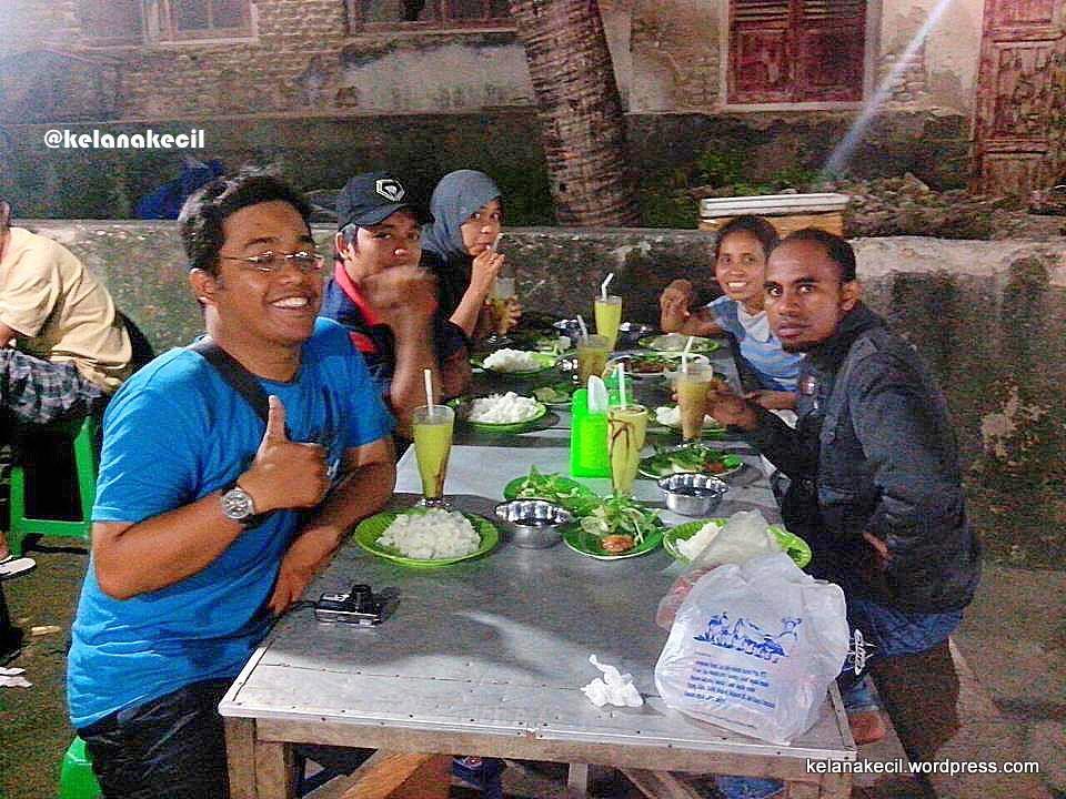 Menyantap Aneka Seafood Ikan Bakar Kampung Solor Kupang Farewell Part