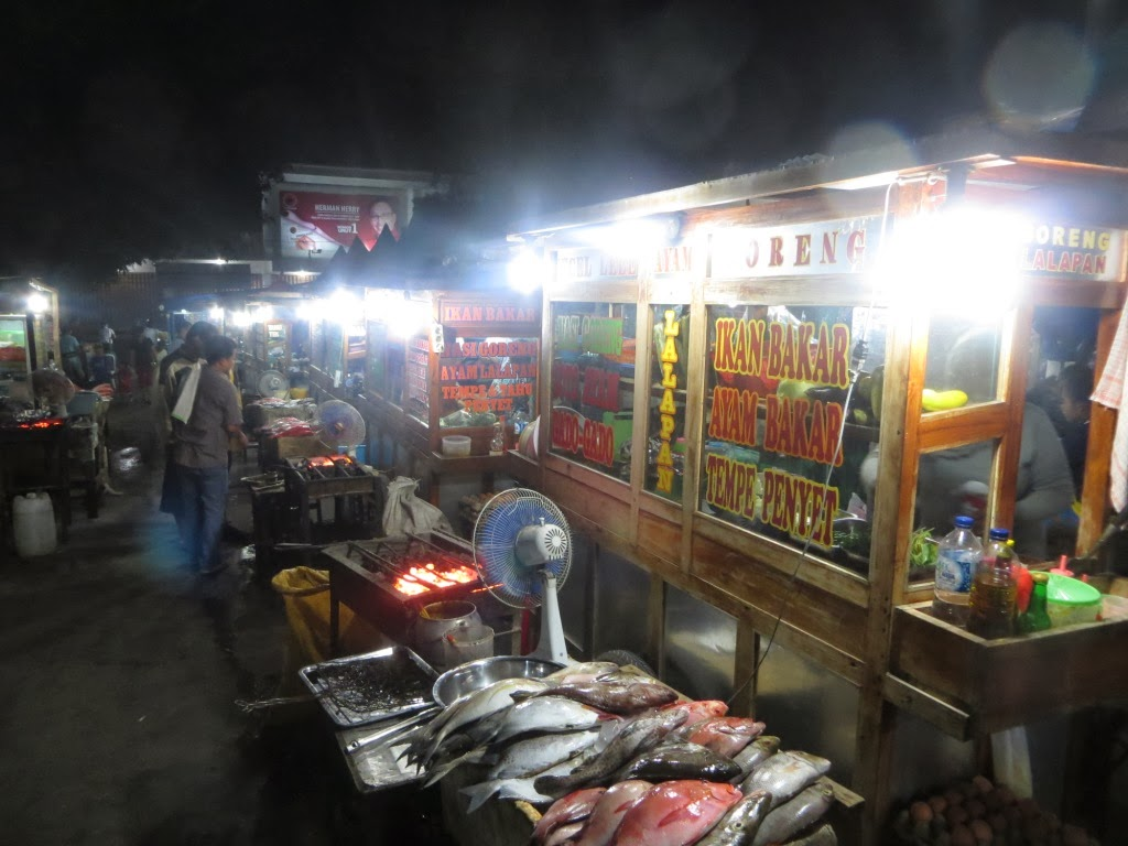 Uting Unying Ikan Bakar Pasar Malam Solor Kupang Ketika Senja